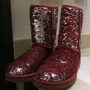 Like new 2 colored sequined UGGs
